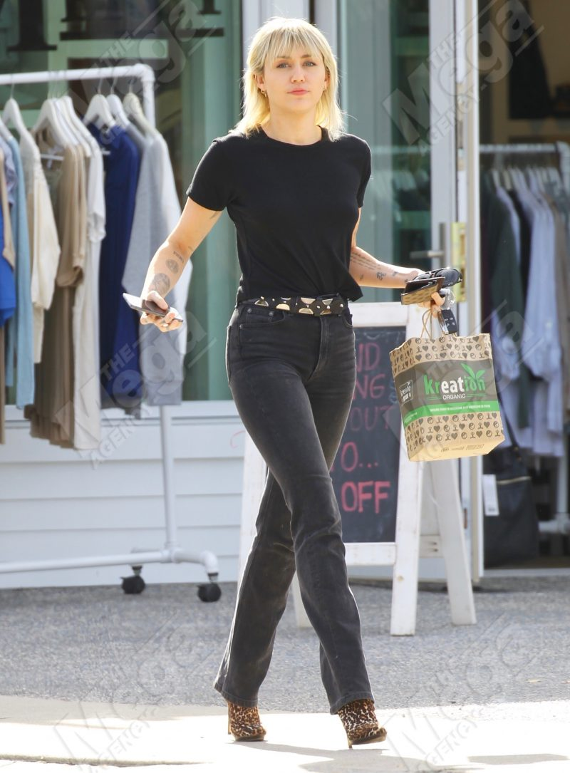 EXCLUSIVE: Miley Cyrus seen for the first time in Los Feliz following her divorce from Liam Hemsworth being finalized