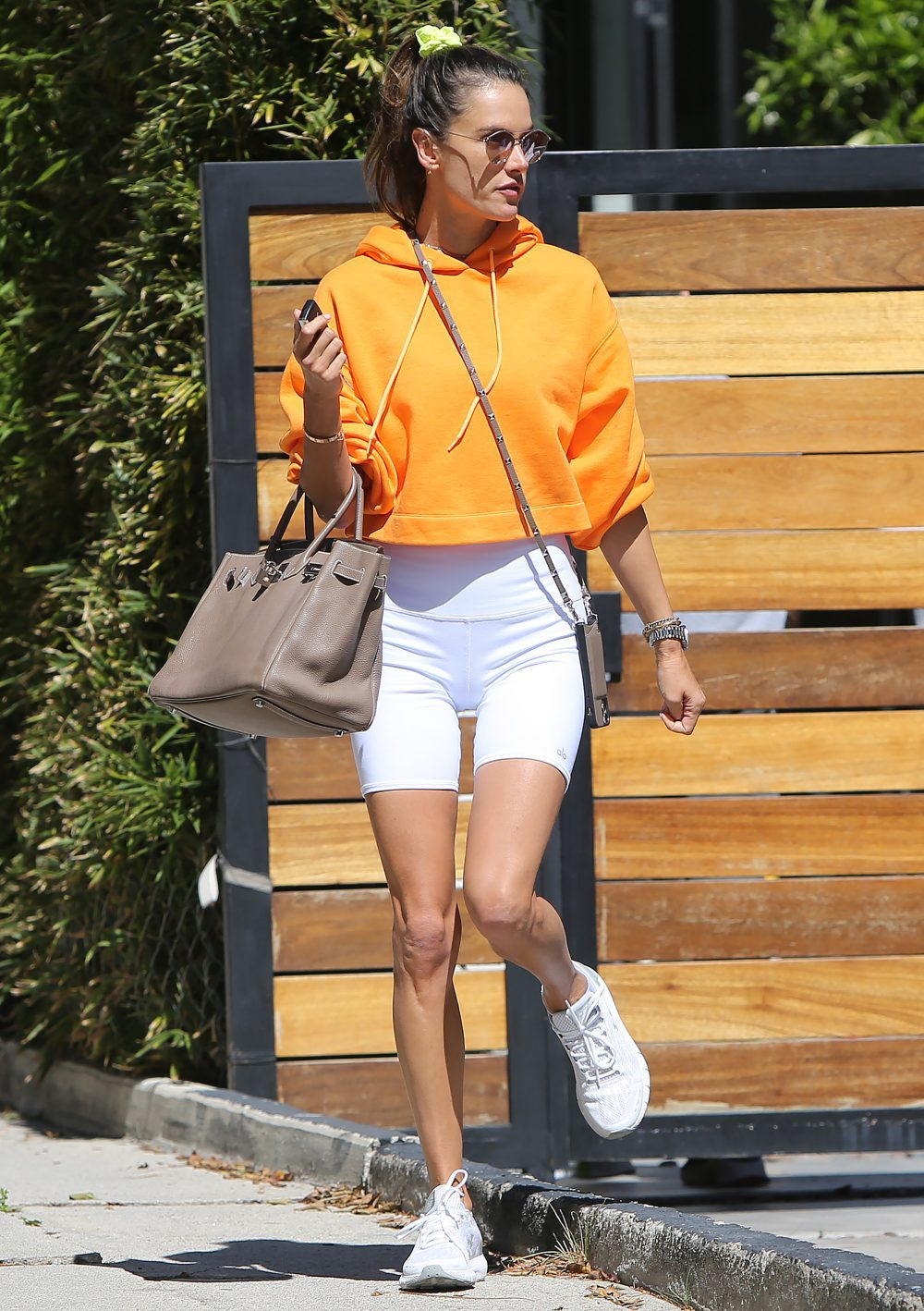 Alessandra Ambrosio leaves her coaches home after a session on exercise in Los Angeles