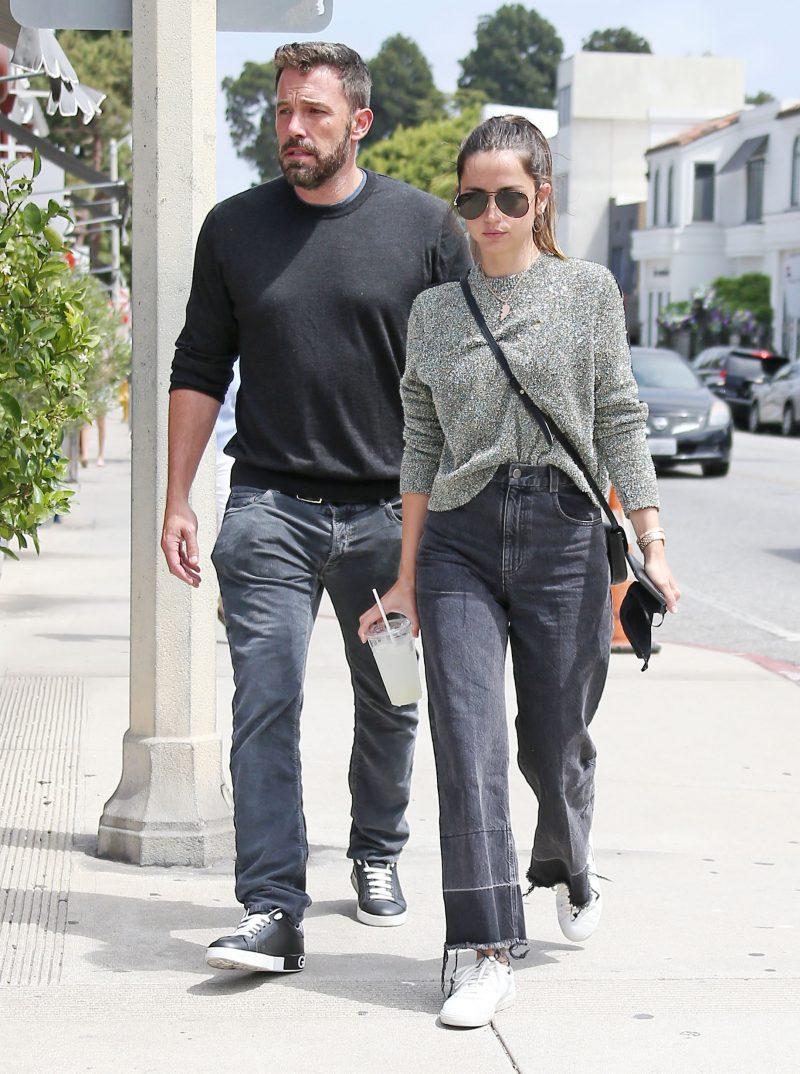 Ben Affleck and Ana de Armas enjoy lunch together