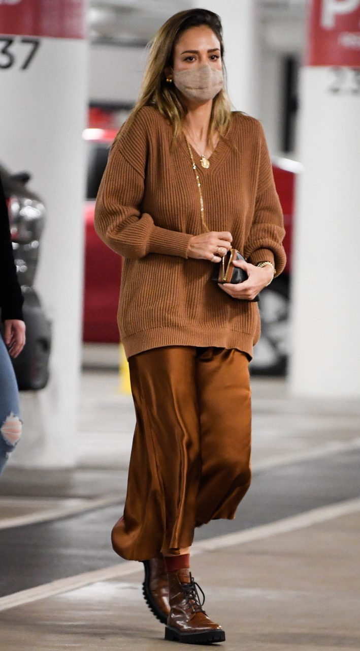 EXCLUSIVE: Jessica Alba carrIes a personalized Celine Clutch as she shops at Nordstrom